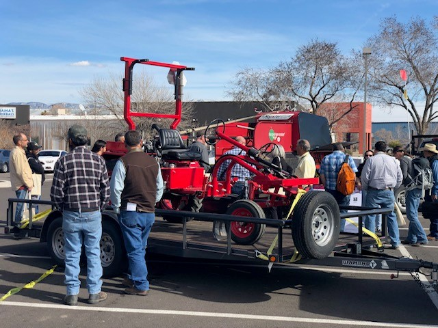 Cutline: Attendees enjoy one of the outdoor demonstrations offered at the 2019 New Mexico Organic Farming Conference. This year's conference will include an informative demonstration led by the New Mexico Chile Pepper Institute, as well as a demonstration on harvesting hops led by the New Mexico State University Agricultural Science Center.